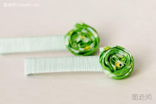 手工制作 diy小清新布艺发夹工具/原料绿色碎花布,乳胶,剪刀,尺子