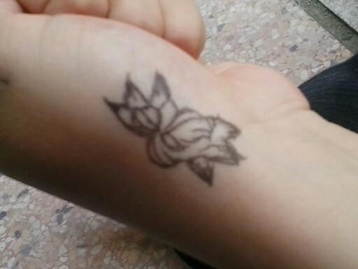 手绘纹身黑笔简单